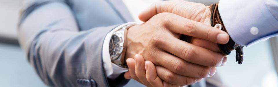 Händeschütteln: Maklergesellschaft Jung mbH - Kontakt